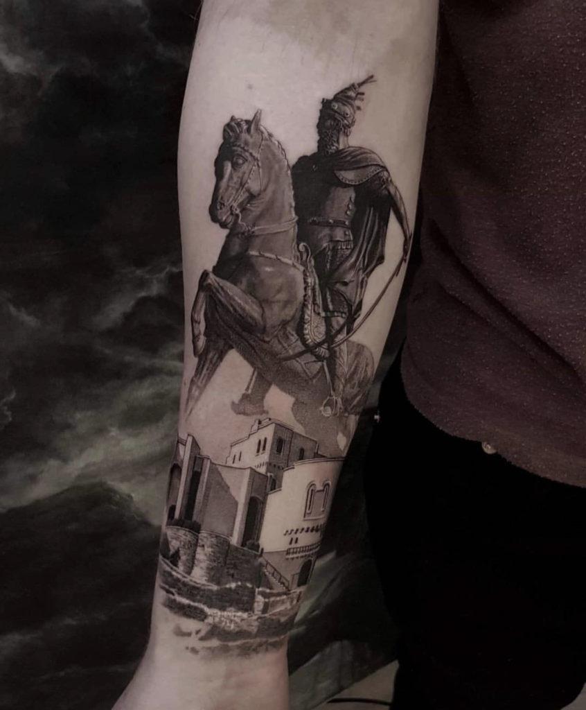 realistic roman legioneere tattoo